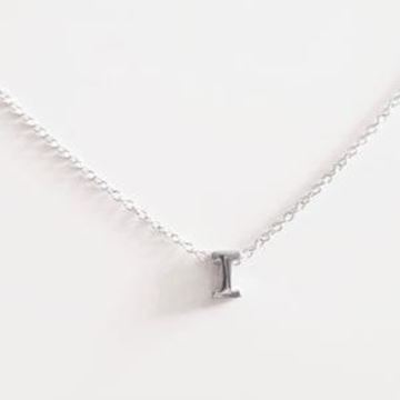 Picture of COLLAR PLATA INICIAL LETRA I RODIO